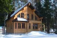 Дом, материал - клееный брус